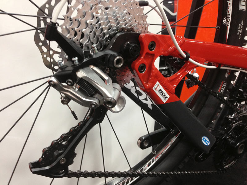 Box-Components-mountain-bike-shifter-and-derailleur-prototypes05