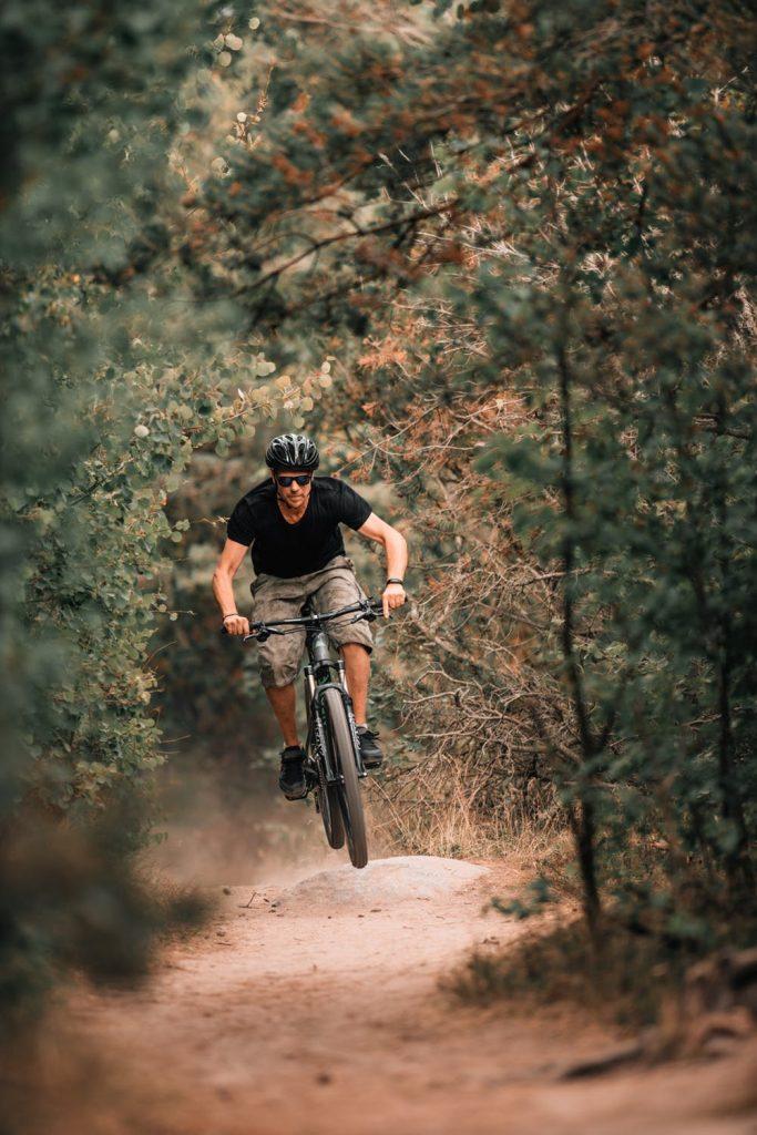 7 Ways to Prevent Mountain Bike Injuries