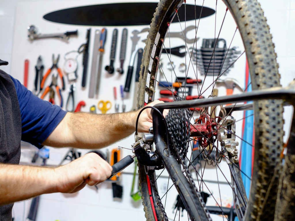 Learn basic mountain bike maintenance skills
